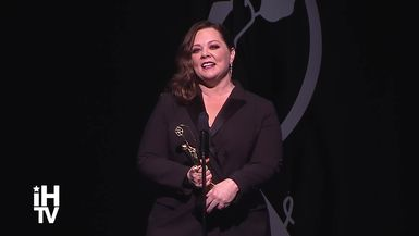 Melissa McCarthy Receives The Distinguished Artisan Award (Full Speech & Interview)